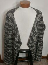 NWT Lane Bryant Open Front Short Sleeve Sweater Gray Black White Size 18/20