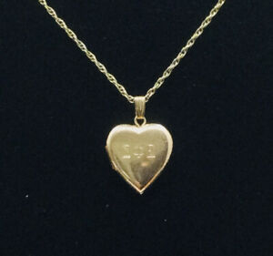 """Vtg 12K Yellow Gold Filled Greek/Fraternity Etched Heart Locket W/ 18""""GF Chain"""