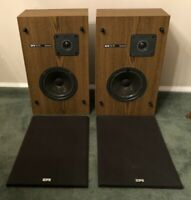 VINTAGE (1979) EPICURE EPI T/E 70 SERIES II SPEAKERS - 1 NEEDS REPAIR  SEE VIDEO