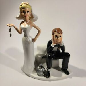 Funny Polyresin Figurine Wedding Cake Topper Bride Groom Humor Marriage Favor