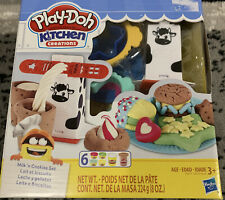 Play-Doh Kitchen Creations Milk and Cookies Set Hasbro - NEW