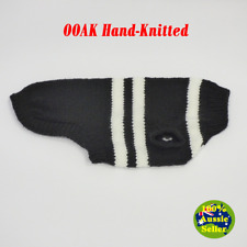 Auzzie-Made Hand-Knitted Small Dog Jumper Coat Collingwood Magpies Footy Colours