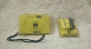 Fotokamera Fotocamera Fotoaparat und Fernglas analog Film gelb