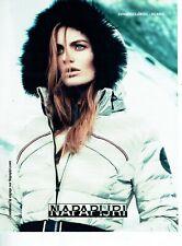 Publicité Advertising 089  2013  Napapijri   anorak vetements ski   Islande