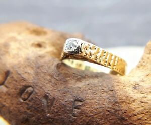 18CT GOLD DIAMOND RUB OVER RING, SIZE N,ENGAGEMENT, 70'S STYLE, 18K