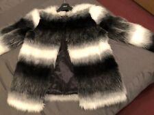Faux Fur Jacket S/. 10/12