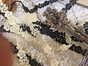 """3 Metres x 12mm/1/2"""" Narrow Pretty Flower Guipure Lace Trim. Sewing/Crafts"""