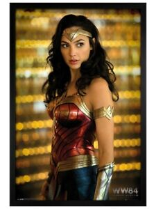 Wonder Woman Maxi Poster Black Wooden Framed 1984 Solo 61x91.5cm