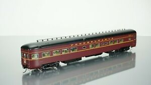 Walthers 1953 PRR Broadway LTD Lounge Observation Pennsylvania HO scale