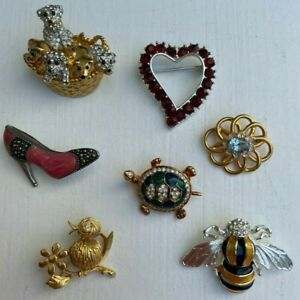 7 Vintage Brooches Pin JC Blue Stone Flower, Bee, Bird, Dog, Turtle, Red Heart