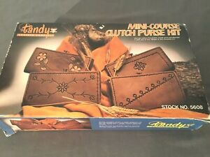 Vintage Tandy Mini Course Clutch Purse Kit No. 5608