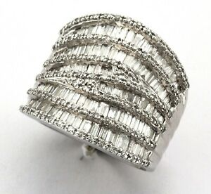 9ct White Gold 188-Stone Eight & Baguette Diamond 13-Row Band Ring - 1.97 Carats