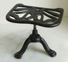 Art Deco Post - 1940 Collectable Cast Iron Metalware