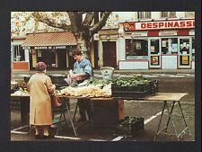 SAINT-CHAMOND (42) MARCHANDE de LEGUMES au Marché devant BOUCHERIE en 1991