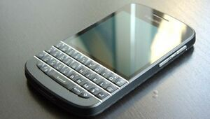 BlackBerry Q10 - 16GB - Black -MINT- (Unlocked)++ ON SALE !!!