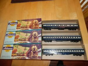 HO Scale Athearn B&O Passenger Car Lot of Three NEW! LIGHTED!  Pullman, 2 Coach