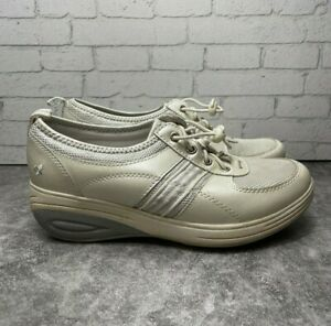 GRASSHOPPERS GET FIT TOGGLE PERFORMANCE PLATFORMS TONING WOMENS SIZE 7M BEIGE