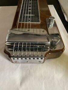 Fender Deluxe 8 lap steel guitar