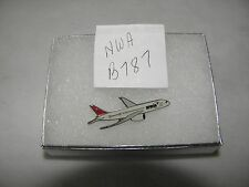 NORTHWEST AIRLINES BOEING 787 AIRPLANE LAPEL TAC PIN NWA PILOT CHRISTMAS GIFT