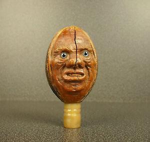 Visage grimaçant sculpture noix de coco art populaire grimacing coconut folk art