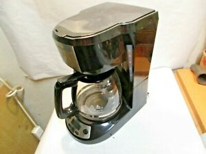 Hamilton Beach 12-Cup Type A109 Coffee Maker with Glass Coffee Pot in good shape