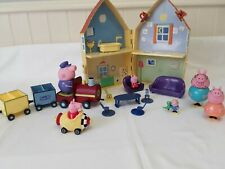 Peppa Pig Toy Paquete & Family figuras, Trian House, Rocket coche