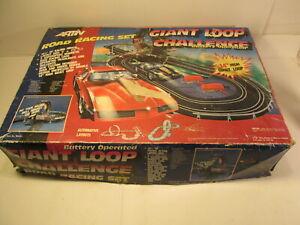 Vintage Artin Road Racing Slot Car Set Giant Loop Challenge t3811