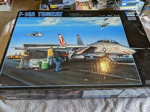 Lot 333 -  F-14A Tomcat with Extras- 1/32 Scale - Trumpeter