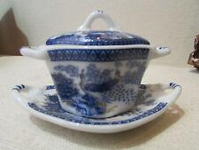 petite soupiere et son plat porcelaine art PA decor oiseau paon  dinette