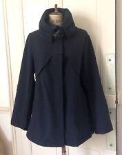 Et Dieu créa la femme :Superbe manteau court, noir. Beaux détails. Tll 40 - tbe