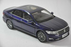 Volkswagen Sagitar Long-Wheelbase 2019 car model in scale 1:18 blue