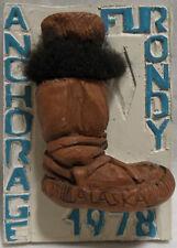 1978 Alaska Fur Rondy Rendezvous Collector Pin Pinback/Mukluk Boot-Mint
