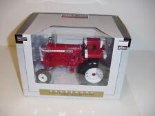 """1/16 Chockshutt """"High Detail"""" 1950 Wheatland Tractor by Spec Cast NIB!"""