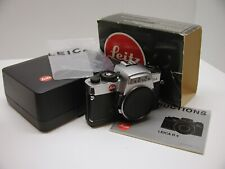LEICA LEITZ R4 35MM FILM SLR..CHROME..BOX..BOOK..MINT!! AND RARE!!