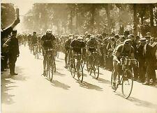 """""""TOUR DE FRANCE CYCLISTE 1931 (LEDUCQ)"""" Photo originale G. DEVRED (Agce ROL)"""