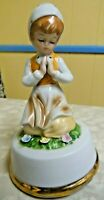 """Vintage 1979 Enesco Wind-Up Music Box Girl Praying Plays """" The Lord's Prayer"""""""