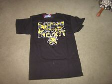 Wichita State Shockers Dunk Dynasty tee T -shirt -Large -NWT
