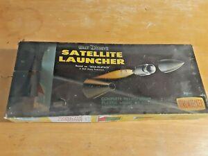 Vintage STROMBECKER Model Walt Disney's SATELLITE LAUNCHER Kit # D35-100