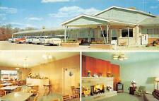 HOLIDAY HOUSE MOTEL Fremont, Indiana Roadside Vintage Postcard 1959