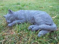 Gartenfiguren,Katze liegend, Steinguss, Katzen, Statue,Tierfigur, Top Gartendeko