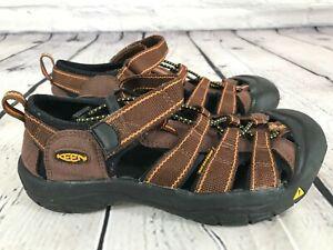 KEEN Newport BROWN Waterproof Sport Sandals Shoes KIDS Size 5 / 38