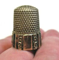 STERLING SILVER THIMBLE ANTIQUE SIZE 8 VERTICAL PATTERN 5 GRAMS