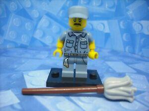 Lego - Series 15 - Janitor - Minifigure