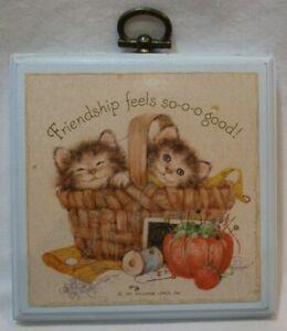 "Adorable VTG 1981 HALLMARK KITTENS ""Friendship Feels So Good"" Wall Plaque 3.5"""