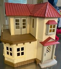 Calico Critters Epoch Sylvanian Luxury Townhouse Working Light plus 2 Beds