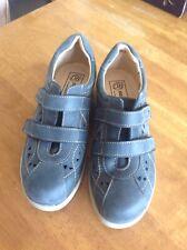 DB EASY B Navy Cynthia Shoes Size 5 ... New