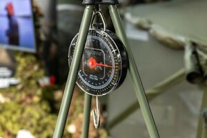MAD / Prologic Weigh Tripod & Scale Combo