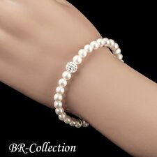 Bracelet Beaded with Freshwater Pearls and Crystal Glass