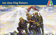[012] ITALERI 6098 IWO JIMA FLAG RAISERS 1/72 SCALE PLASTIC FIGURES