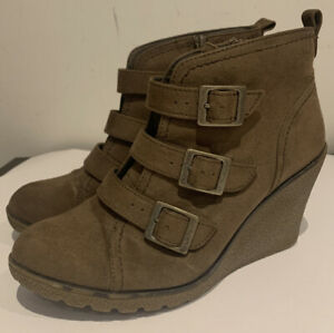 """Ankle Boot Brown Suede 3"""" Wedge Buckle Detail Size 5 1/2 M&S"""